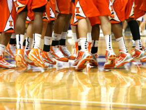 20100123_Saleh_Stevems_Illinois_Fighting_Illini_feet